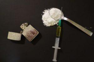 drugs-2793133_1280-300x200